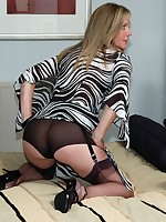 horny housewife plays - Vintage Milfs