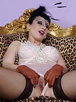 busty mature lady Trinity is wearing a glamorous outfit, heavy makeup and lots.. - Granny Girdles
